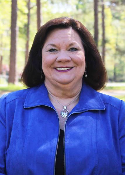 Linda Young : President